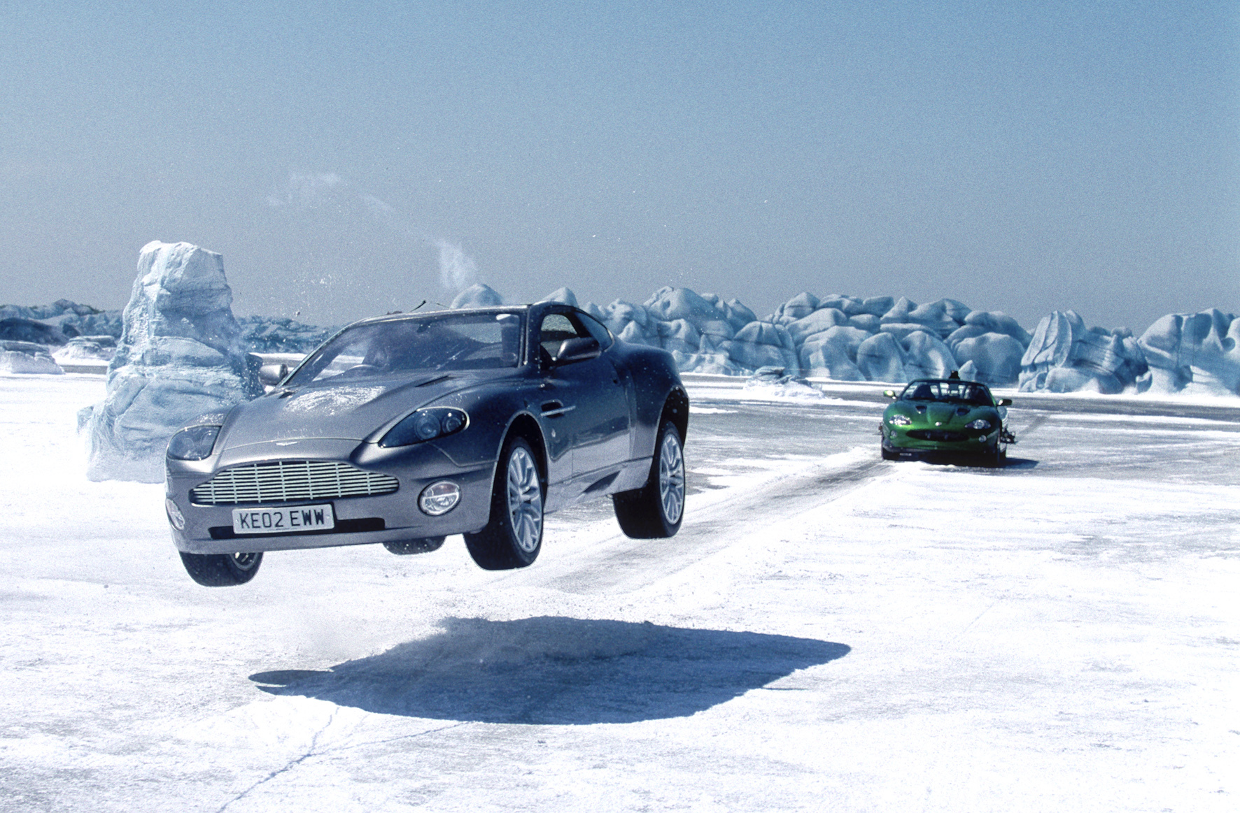 image - die another day (promo) - ice chase | james bond wiki