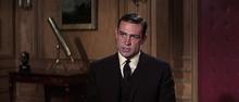 James Bond parlant de Derval