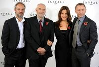 Sam Mendes Barbara Broccoli Bond 23 Photo EqFKWHVnANMl