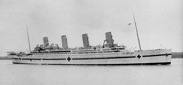 File:Hmhs britannic 1916-1.jpg