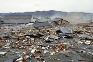 Japan-tsunami-earthquake-photo-stills-005