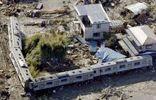 Japan-earthquake-2011-1-