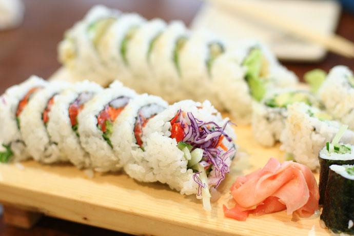 Vegetarian sushi japanese recipes wiki fandom powered by wikia vegetarian sushi forumfinder Choice Image