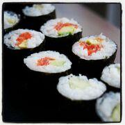Fiona's Japanese Cooking - Sushi - hosomaki rolls - cucumber - smoked salmon avocado 2