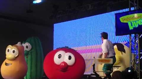 """'The Hairbrush Song"" -""I Can Be Your Friend"" Veggie Tales Live Parkersburg, West Virginia 4-22-2013"