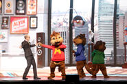 The Chipmunks and Ian Live!