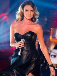 Nadine-Coyle-LP5