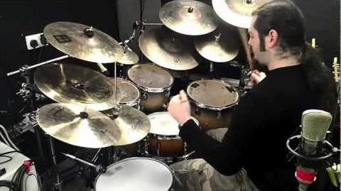 A great drum lick Fill inspired by Vinnie Colaiuta- demonstration By James Chapman