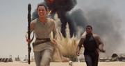 Rey und Finn auf der Flucht