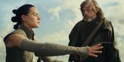Luke unterrichtet Rey