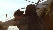 Rey beißt Handlanger