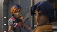 Sabine redet mit Ezra