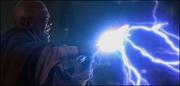 Mace Windu verteidigt sich gegen Macht-Blitze
