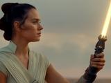 Rey Skywalkers Lichtschwert