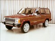 154 0609 03 z+1987 jeep xj+side view bright wood