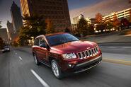 2011-Jeep-Compass-18
