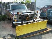 Jeep Grand Wagoneer snow blade frri