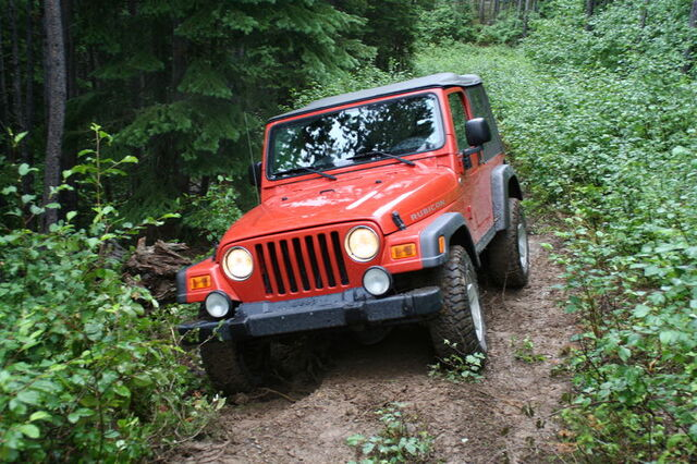 File:2005 Jeep TJ Rubicon.JPG
