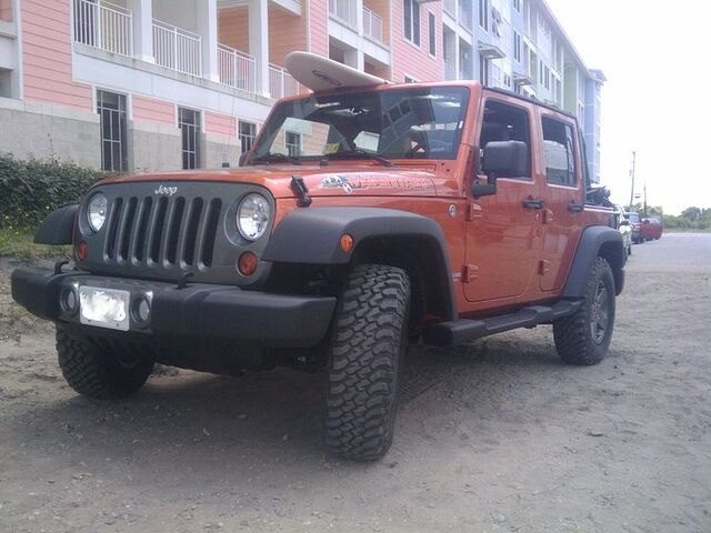 File:Jeep-Mountain-Unlimited.jpg