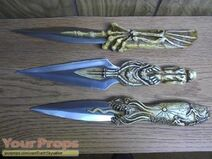 Jeepers-Creepers-2-Screamer-Dagger-1
