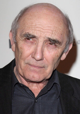 File:Donald Sumpter.jpg