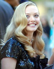 Amanda Seyfried-crop