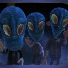 Jimmy, Cindy and Sheen disguised as Aliens