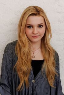 Abigail Breslin Rachel