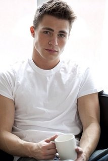 File:Colton Haynes Anthony.jpg
