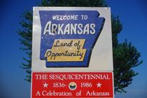 Welcome-to-Arkansas-Sign-638x425