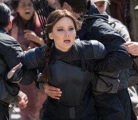 Katniss-rebels-capitol-snows-execution