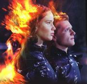 Katniss e Peeta em chamas