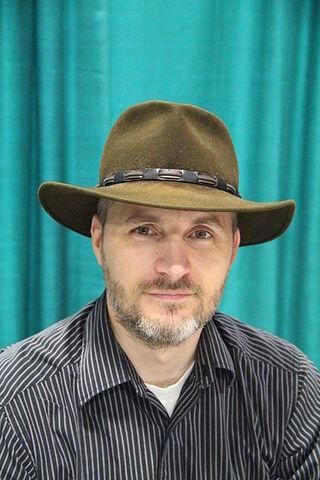 File:Dan Wells - 2015 National Book Festival.jpg
