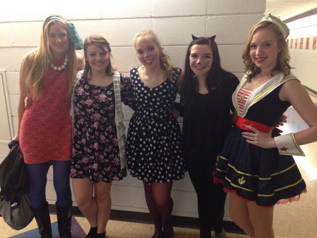 File:Halloween Party Girls.jpg