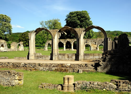 File:Hailes Abbey.jpg