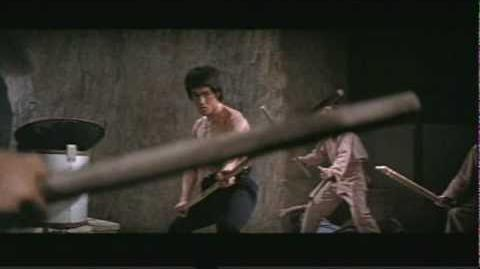 Classic Bruce Lee Fight - Enter The Dragon (High Quality)