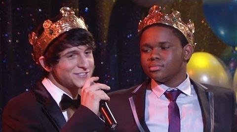 Pair of Kings - Episode - Pair of Prom Kings