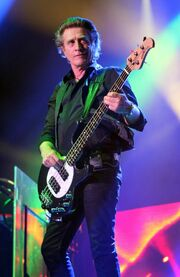 Ross Valory In Concert