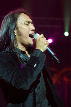 Arnel Pineda