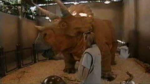 Jurassic Park (IOA) - Behind The Scenes-0
