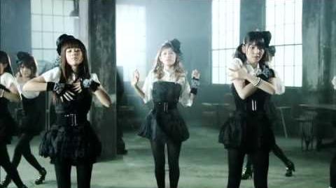 Morning Musume - Nanchatte Renai (Dance Shot Ver.)