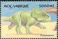 Mozambique 2002 Dinosaurs a
