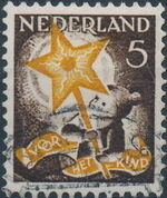 Netherlands 1933 Child Welfare Societies Surtax - Child Carrying the Star of Hope b