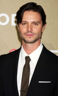 Grudge-jason-behr-cnn-heroes-an-all-star-tribute-01