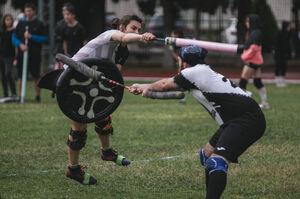 Duelo Pompfers JUNO vs Buitres Negros Wikijugger