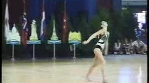 Jennifer marcus 3 baton juggling