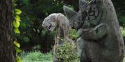 Jumanji Jungle Statues