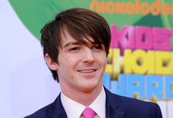 Drake-Bell-2011-nickelodeon-kids-choice-awards