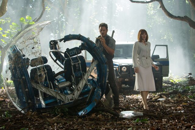 ファイル:New-jurassicworld-movie-still-2.jpg