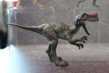 Mattel-Jurassic-World-Fallen-Kingdom-Proceratosaurus-Toy